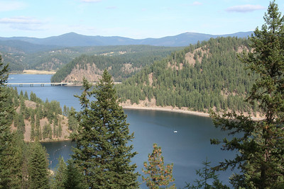Beauty Bay Lake Coeur d' Alene